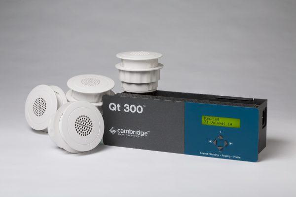 Cambridge QT 300 met emitters